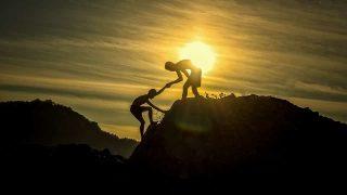 esfuérzate y sé valiente