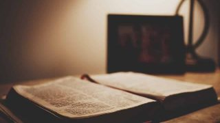 partes de la Biblia