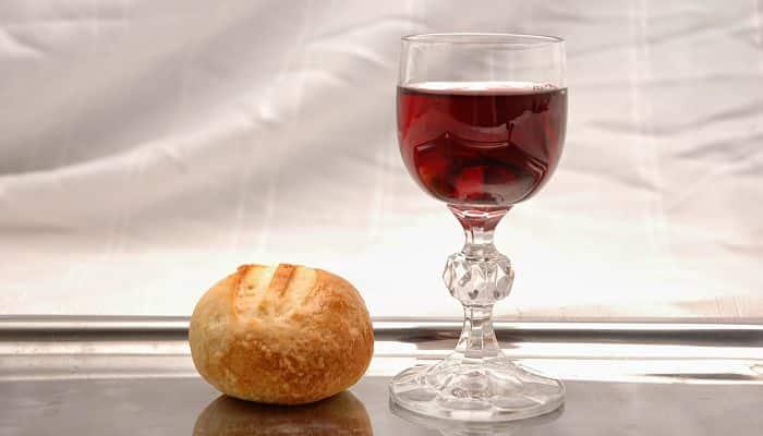La Santa Cena bebed de sangre comed de mi carne