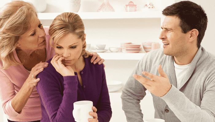 Matrimonio y en medio la suegra