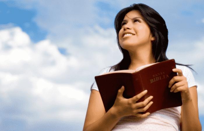 tratar de escuchar a Dios sin leer la palabra
