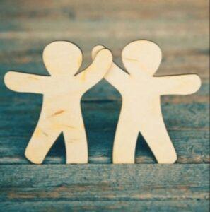 16 Versículos Bíblicos de Amistad